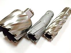 Корончатое сверление и корончатые сверла по металлу