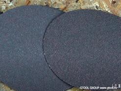 Круги на липучке с компактным зерном VSM KK772J для обработки нержавеющей стали