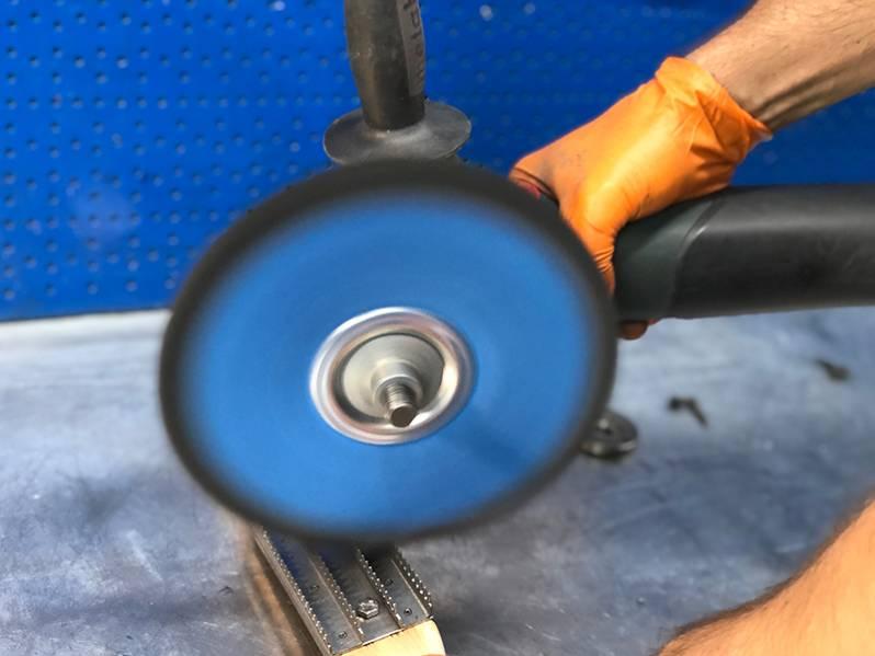 фото Щетка для чистки полировальных тканевых кругов