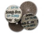 фото Прессованные круги 3М Scotch-Brite CP-UW 50x3x6мм, зерно 7A MED